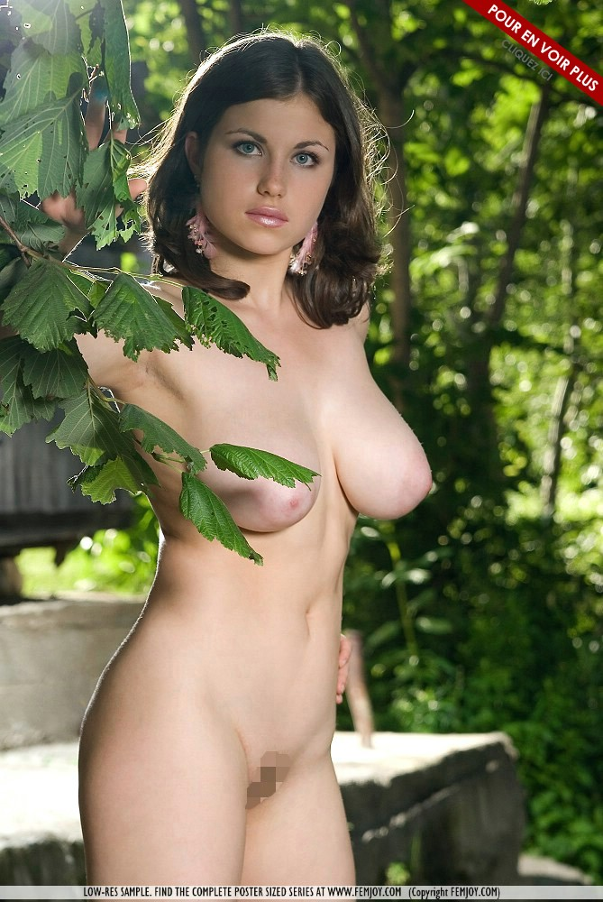 Exemple de photo provenant du site Femjoy